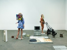 Non-Verbal-2011-Installation-view-at-Art-Unlimited-Art-42-Basel-2011-2-copie-915x686