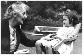 melanie-klein-and-granddaughter